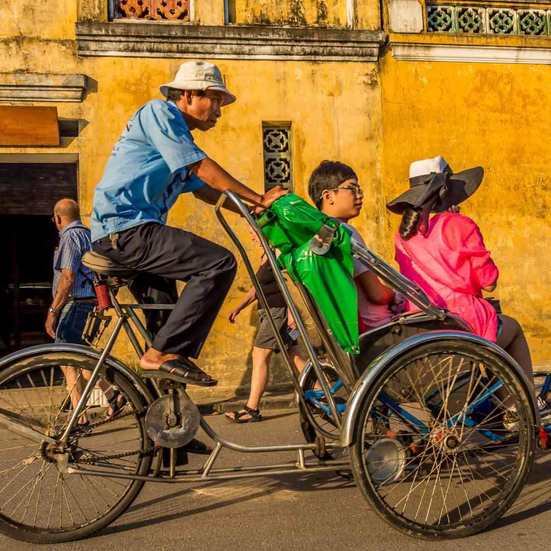 Custom-Travel-Planner-Network-5-SM-Vietnam-Cyclo-Old-Hano