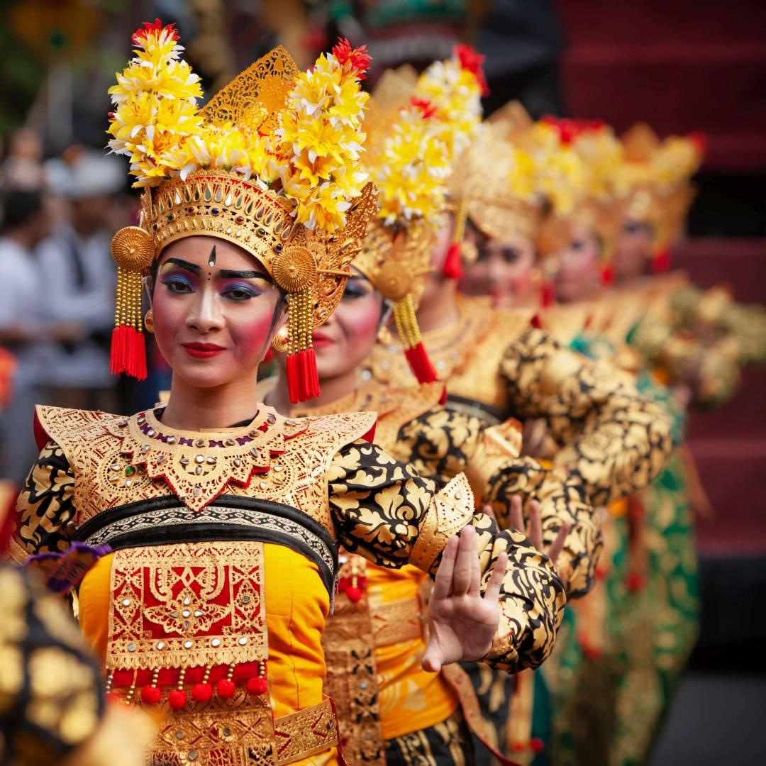 Custom-Travel-Planner-Network-6-SM-Bali-Balinese-Dancer