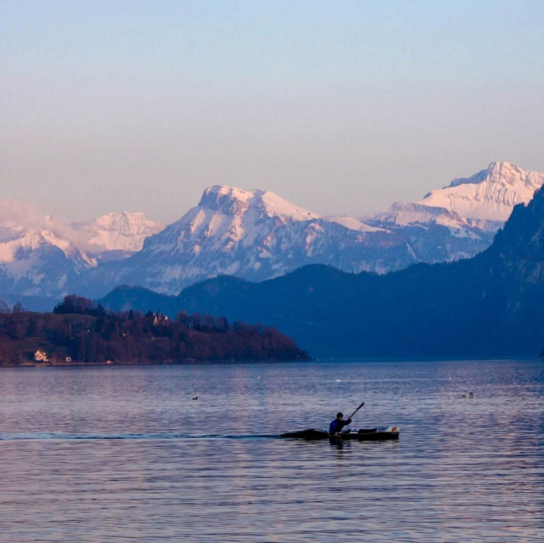 Custom-Travel-Planner-Network-7-India-Dal-Lake-