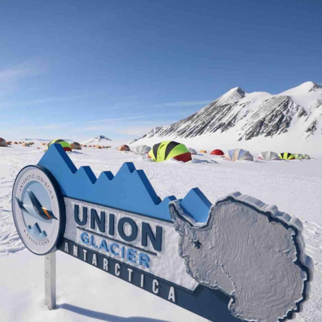 Custom-Travel-Planner-Network-8-SM-Antarctica-Union-Glacier-Camp