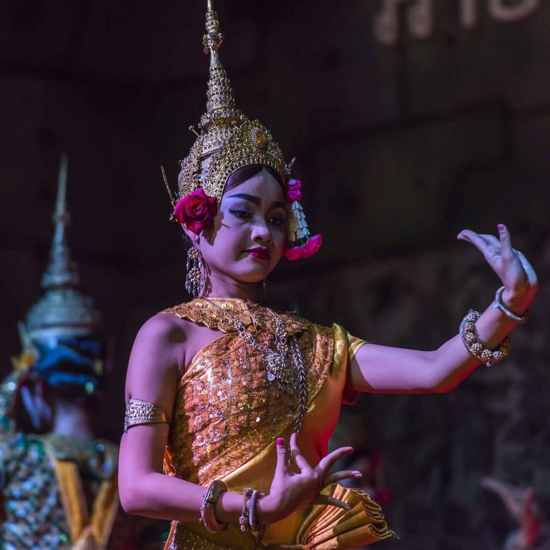 Custom-Travel-Planner-Network-9-SM-Cambodia-Aspara-Dancers-