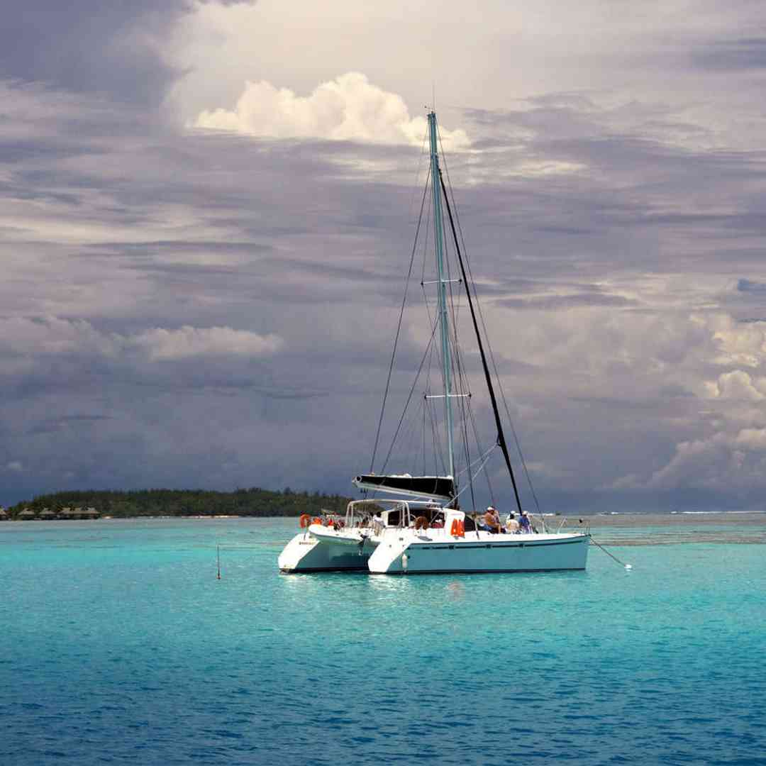Custom-Travel-Planner-Network-9-SM-Tahiti-Catamaran-Sailboat