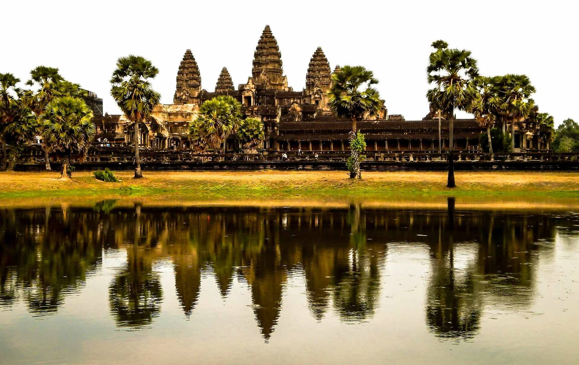 Custom-Travel-Planner-Network-Cambodia-Angkor-Wat