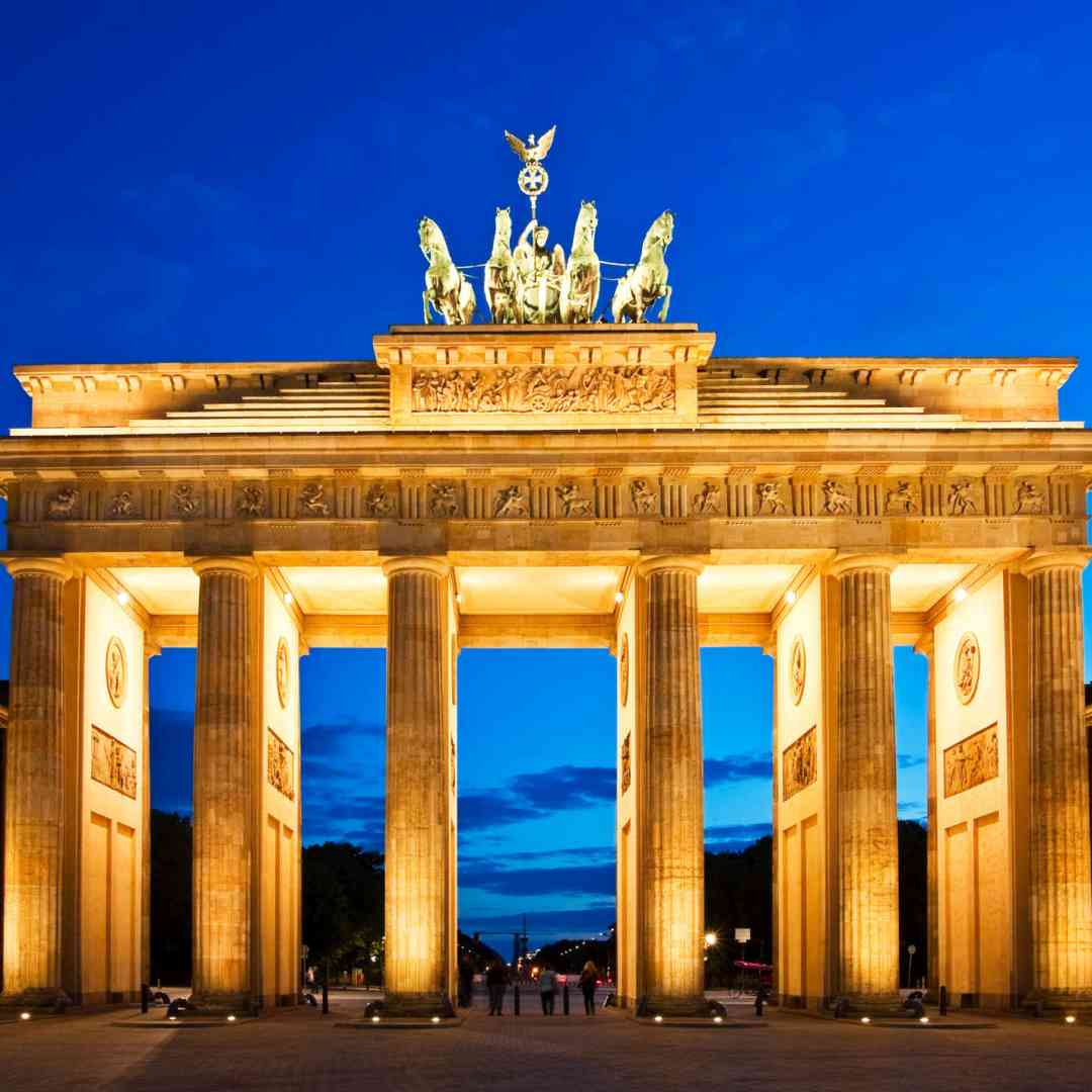 Custom-Travel-Planner-Network-1-SM-Germany-Brandenberg-Gate