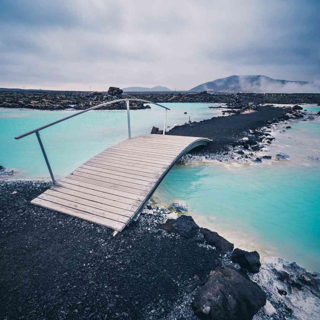 Custom-Travel-Planner-Network-1-SM-Iceland-Blue-Lagoon-
