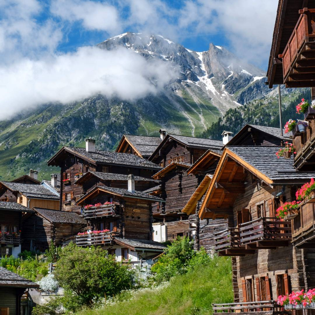 Custom-Travel-Planner-Network-10-SM-Switzerland-Grimentz