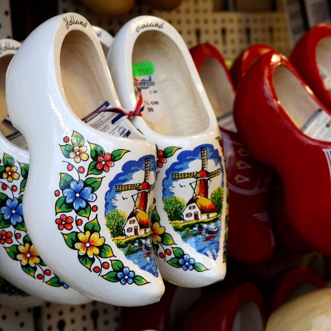 Custom-Travel-Planner-Network-3-Netherlands-Wooden-Shoes
