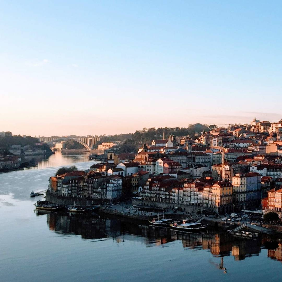 Custom-Travel-Planner-Network-4-Portugal-Porto