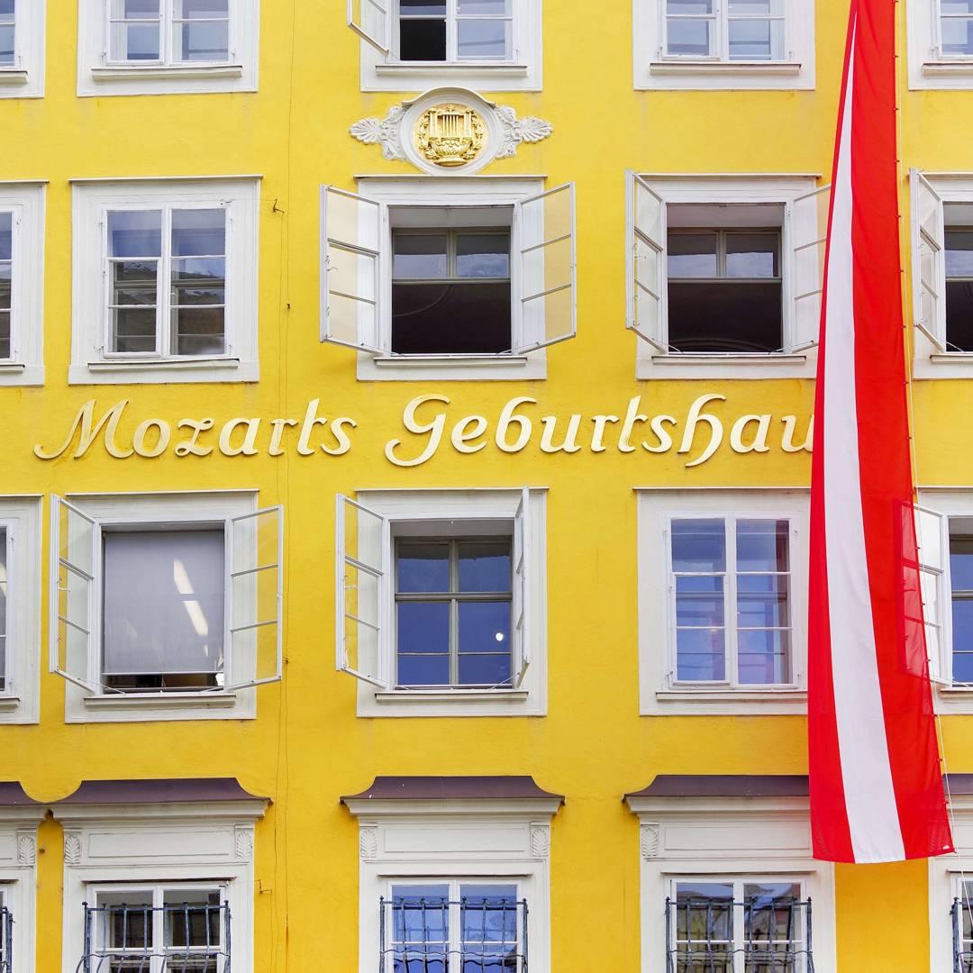 Custom-Travel-Planner-Network-4-SM-Austria-Mozart-Birthplace