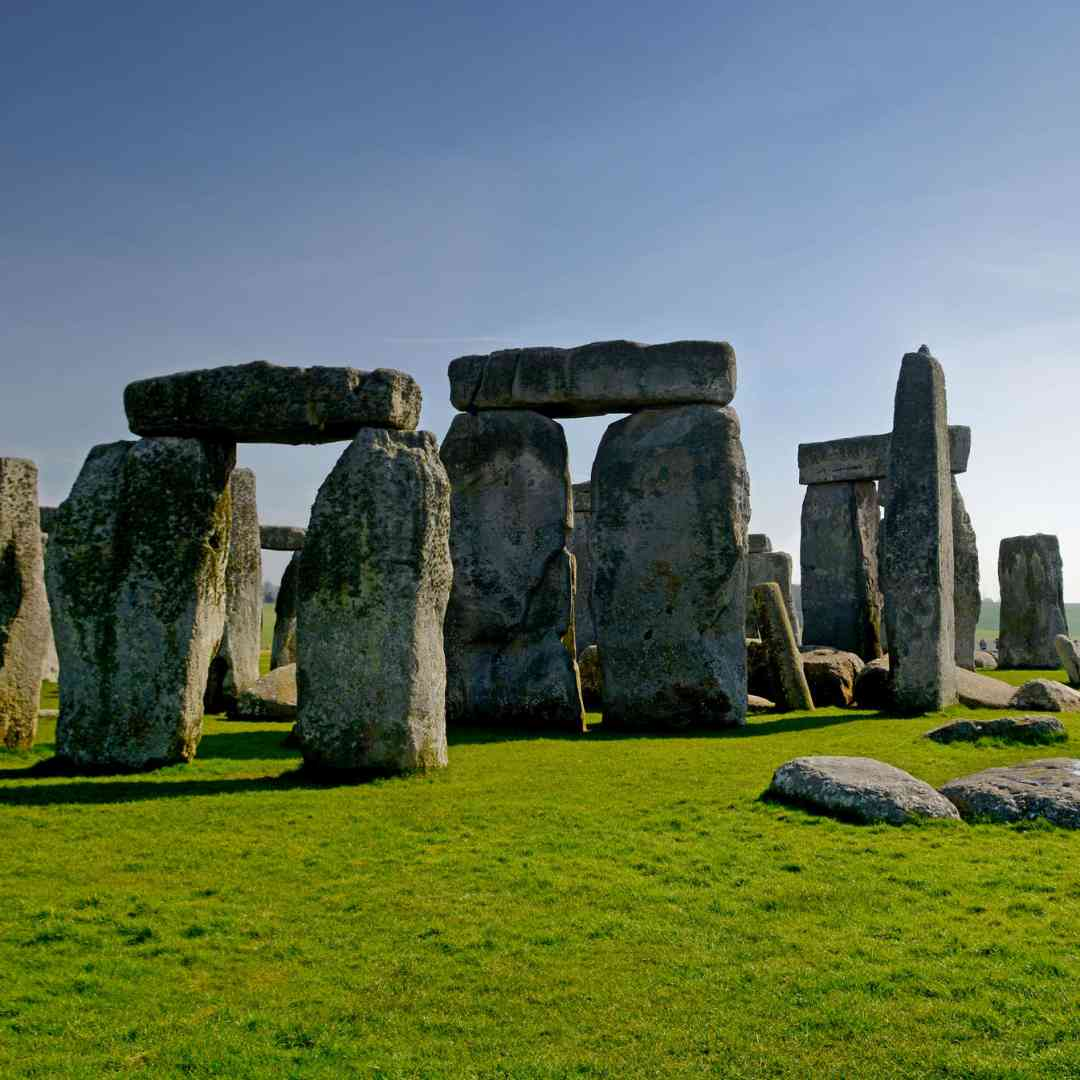 Custom-Travel-Planner-Network-4-SM-England-Stonehenge