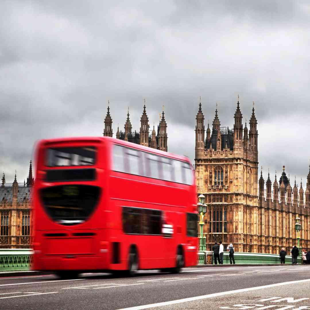 Custom-Travel-Planner-Network-5-SM-England-Double-Decker-