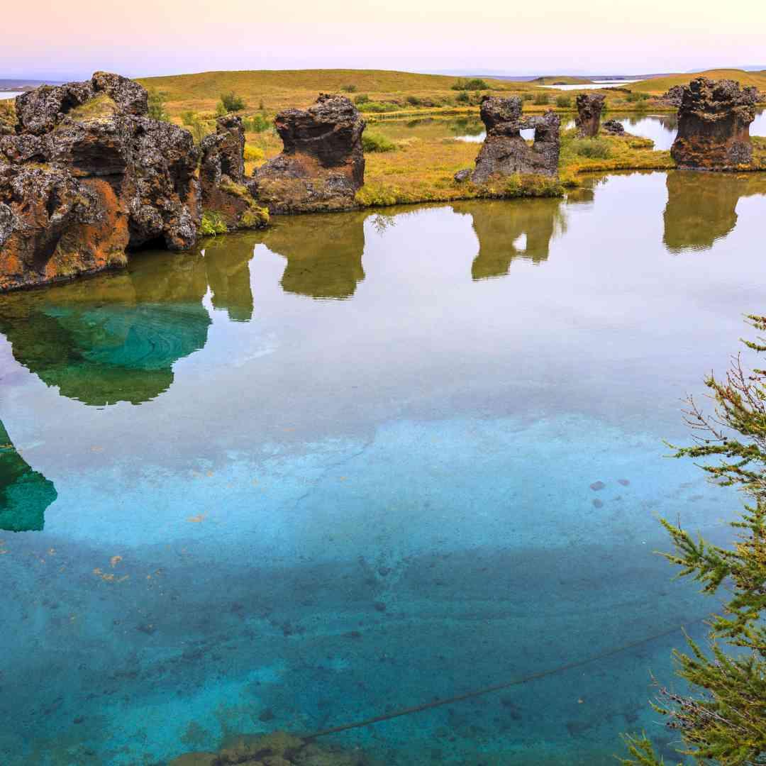 Custom-Travel-Planner-Network-5-SM-Iceland-Lake-Myvatn