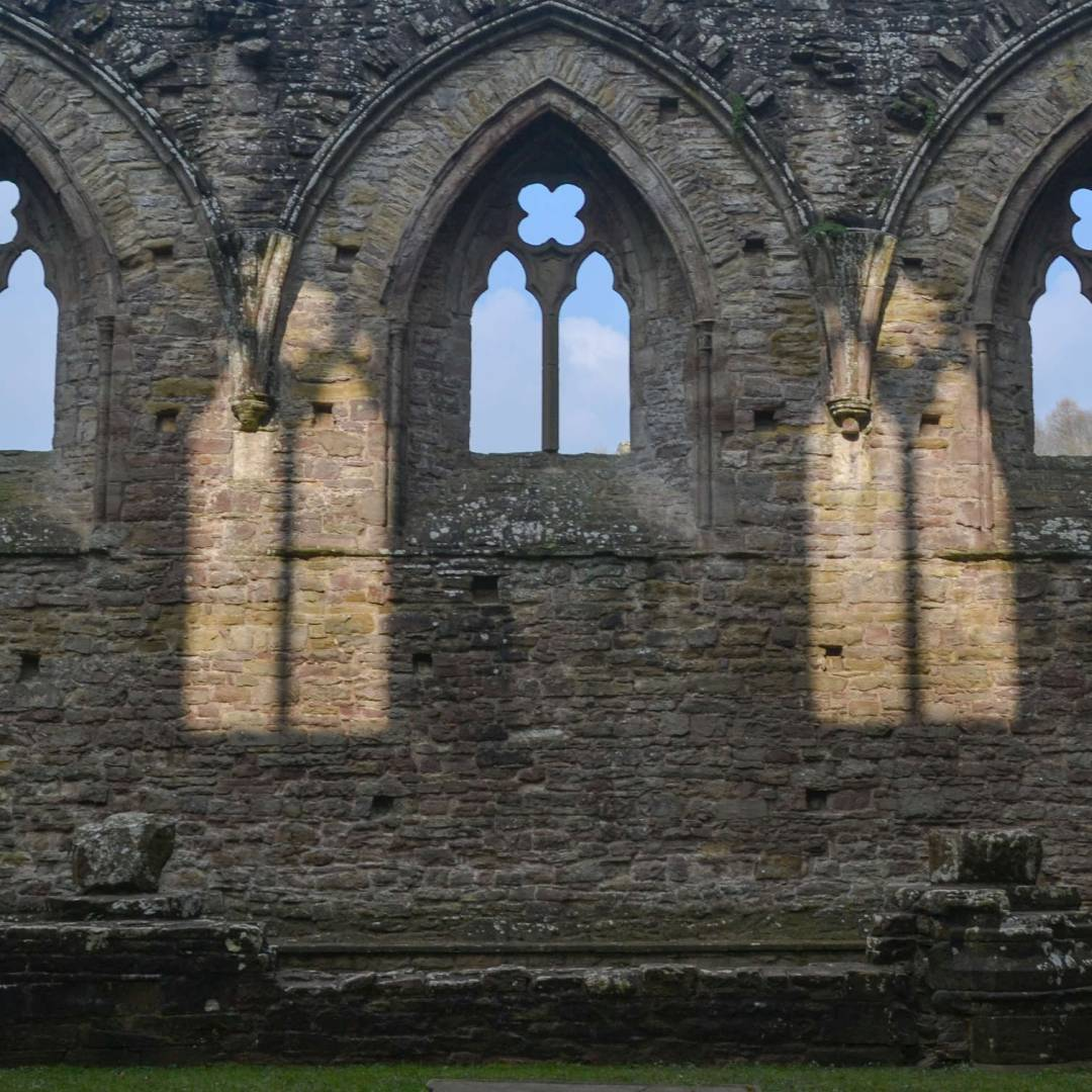 Custom-Travel-Planner-Network-5-Wales-Tintern-Abbey