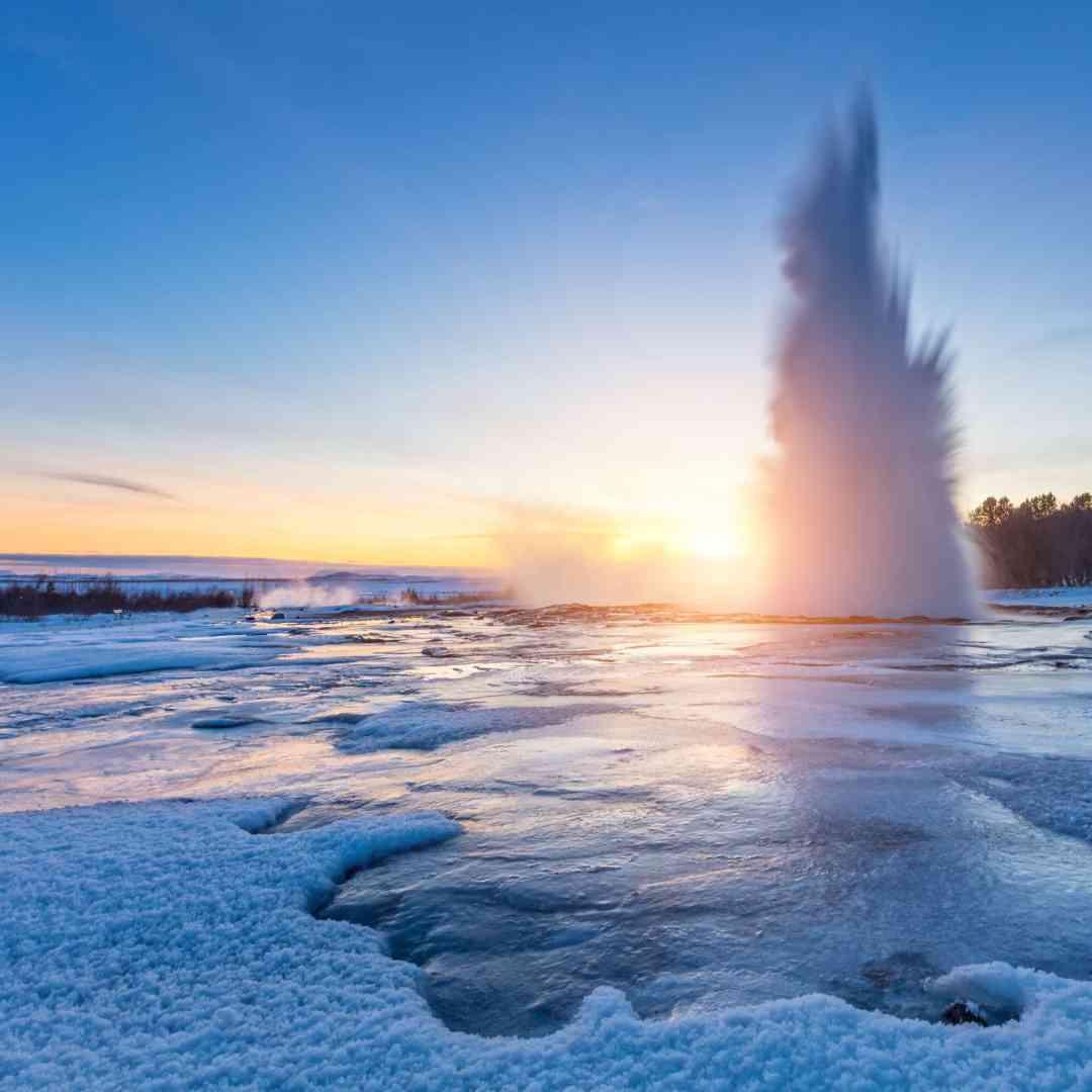 Custom-Travel-Planner-Network-6-SM-Iceland-Geysir