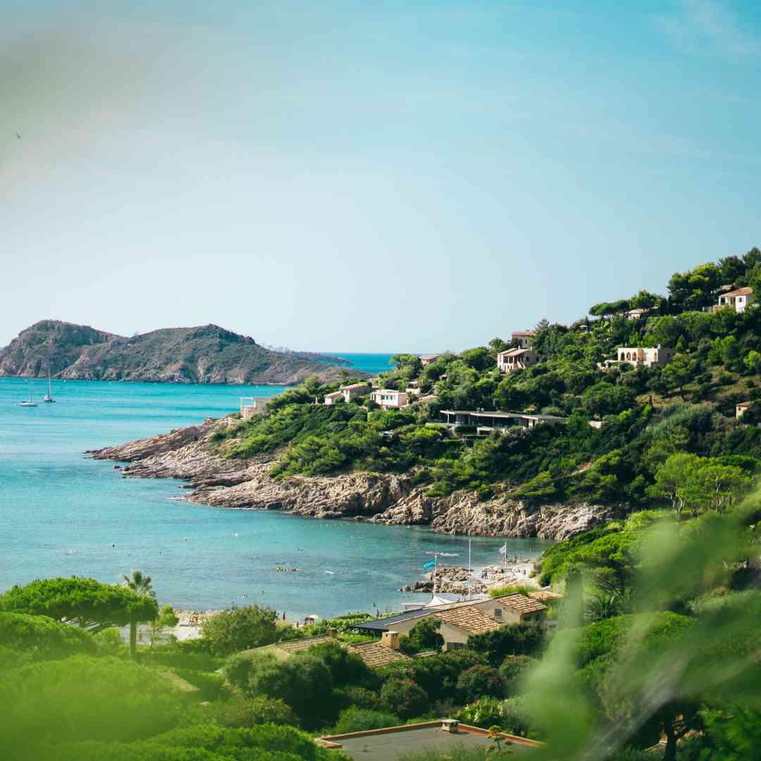 Custom-Travel-Planner-Network-7-SM-France-Saint-Tropez
