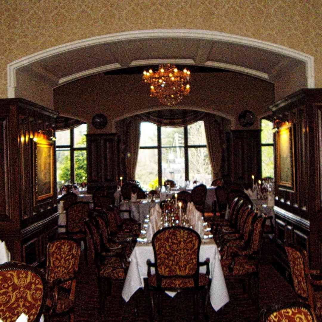 Custom-Travel-Planner-Network-7-SM-Ireland-Ashford-Castle-Hotel