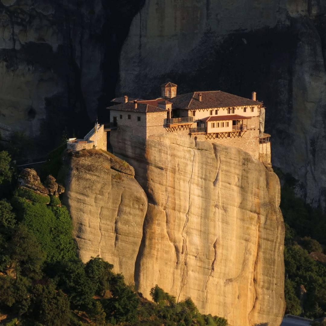 Custom-Travel-Planner-Network-8-Greece-Meteora