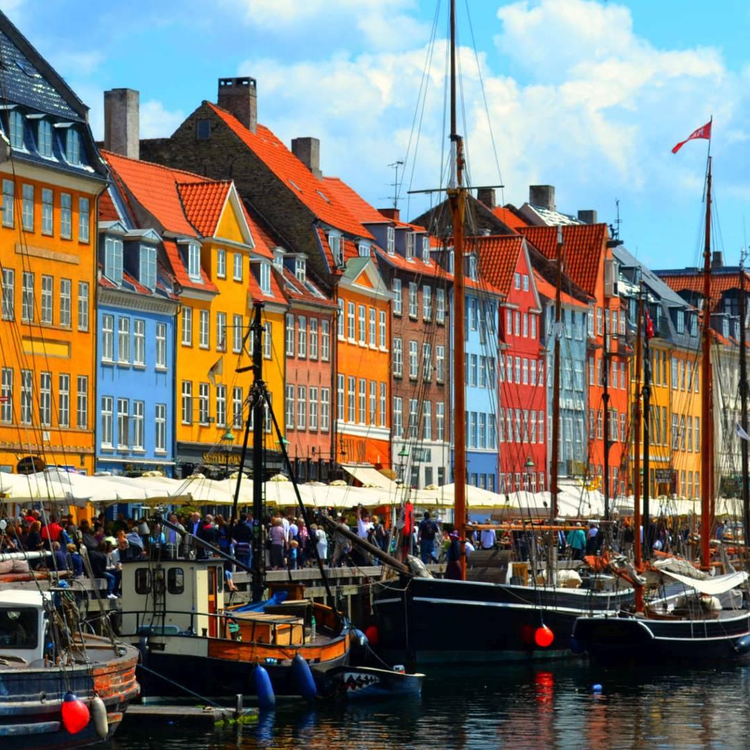 Custom-Travel-Planner-Network-9-Denmark-Nyhavn-