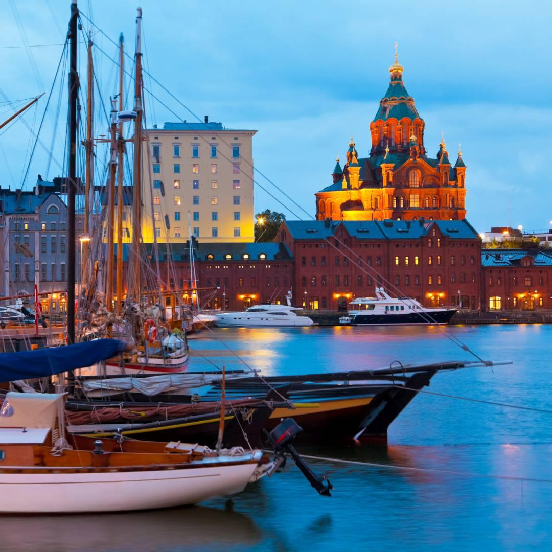 Custom-Travel-Planner-Network-9-SM-Finland-Helsinki